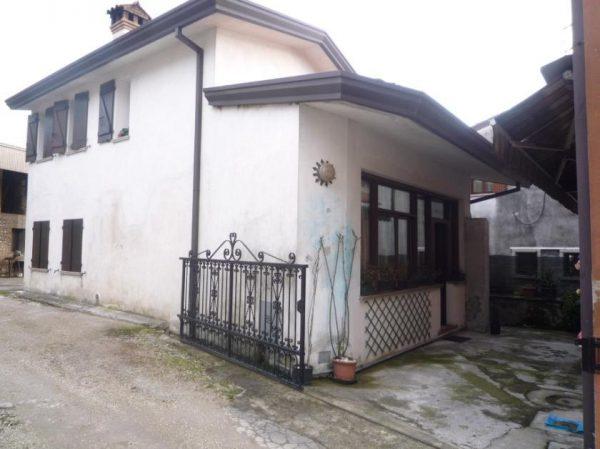 Asta immobiliare - Esecuzione 127/2015 - Lotto unico - (ASSET - Associazione Esecuzioni Immobili Treviso)