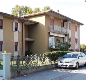 Asta immobiliare - Esecuzione 695/2015 - Lotto 4 - (ASSET - Associazione Esecuzioni Immobili Treviso)